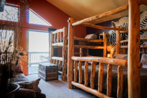Mt. Princeton Room King Long bed and twin bunk bed
